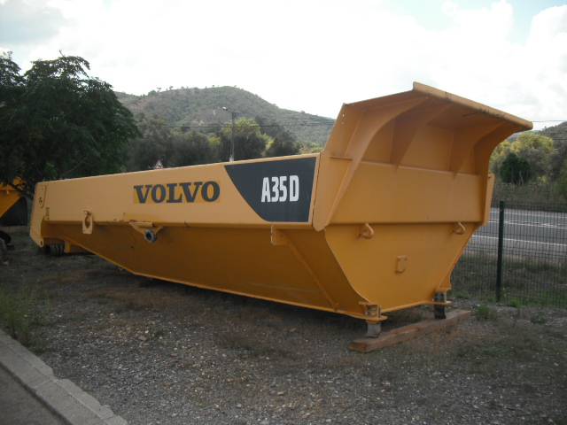 34-bodyVOLVOA35D1
